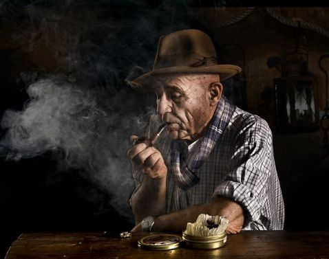Man Smoking A Pipe Picture